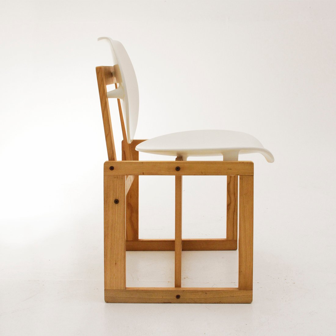 Malerisch Stuhl Holz Referenz Von Italienischer Vintage Aus & Weißem Kunststoff, 1970er