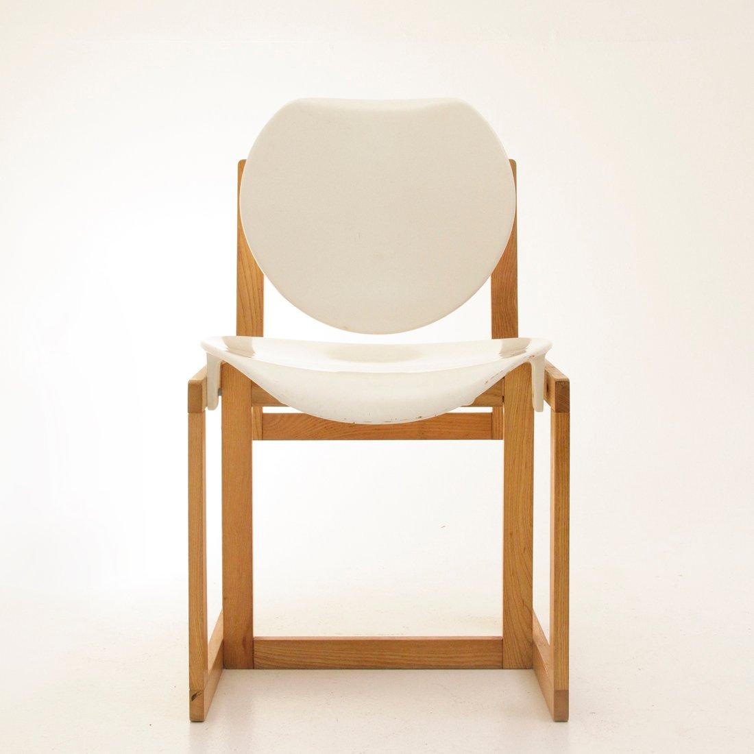 Sedia vintage in legno e plastica bianca italia anni 39 70 for Sedia plastica bianca