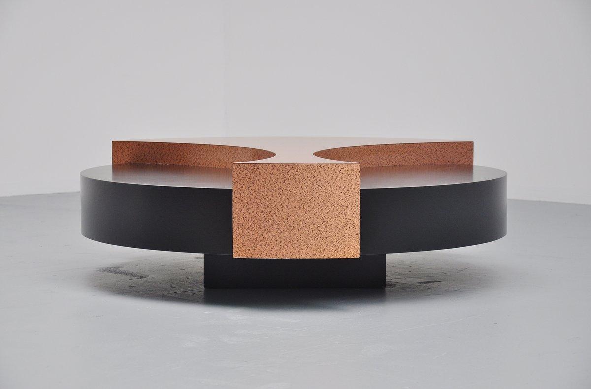 table basse color e en cuivre belgique 1970 en vente sur pamono. Black Bedroom Furniture Sets. Home Design Ideas