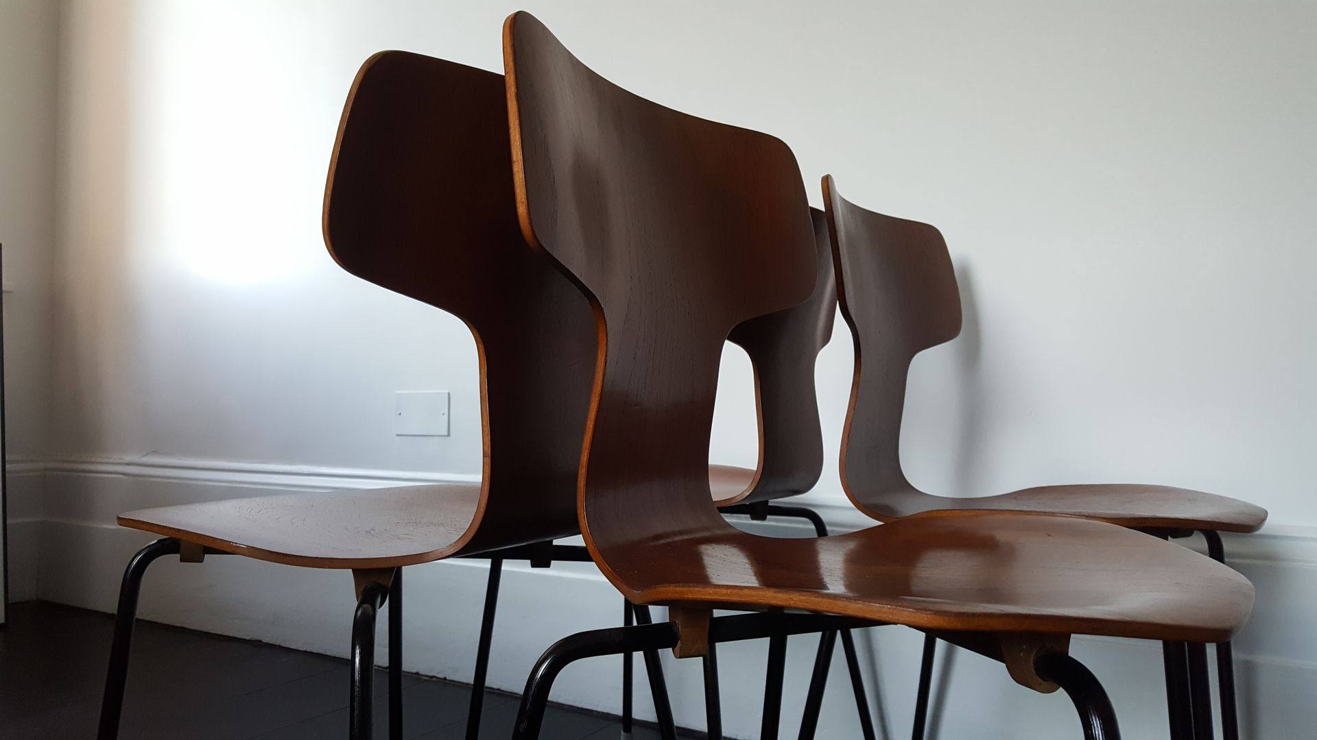 modell 3103 teak hammer st hle von arne jacobsen f r fritz hansen 1960er 4er set bei pamono kaufen. Black Bedroom Furniture Sets. Home Design Ideas