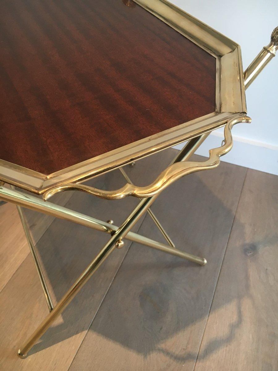 holz und messing tisch mit tablett von maison bagues bei pamono kaufen. Black Bedroom Furniture Sets. Home Design Ideas
