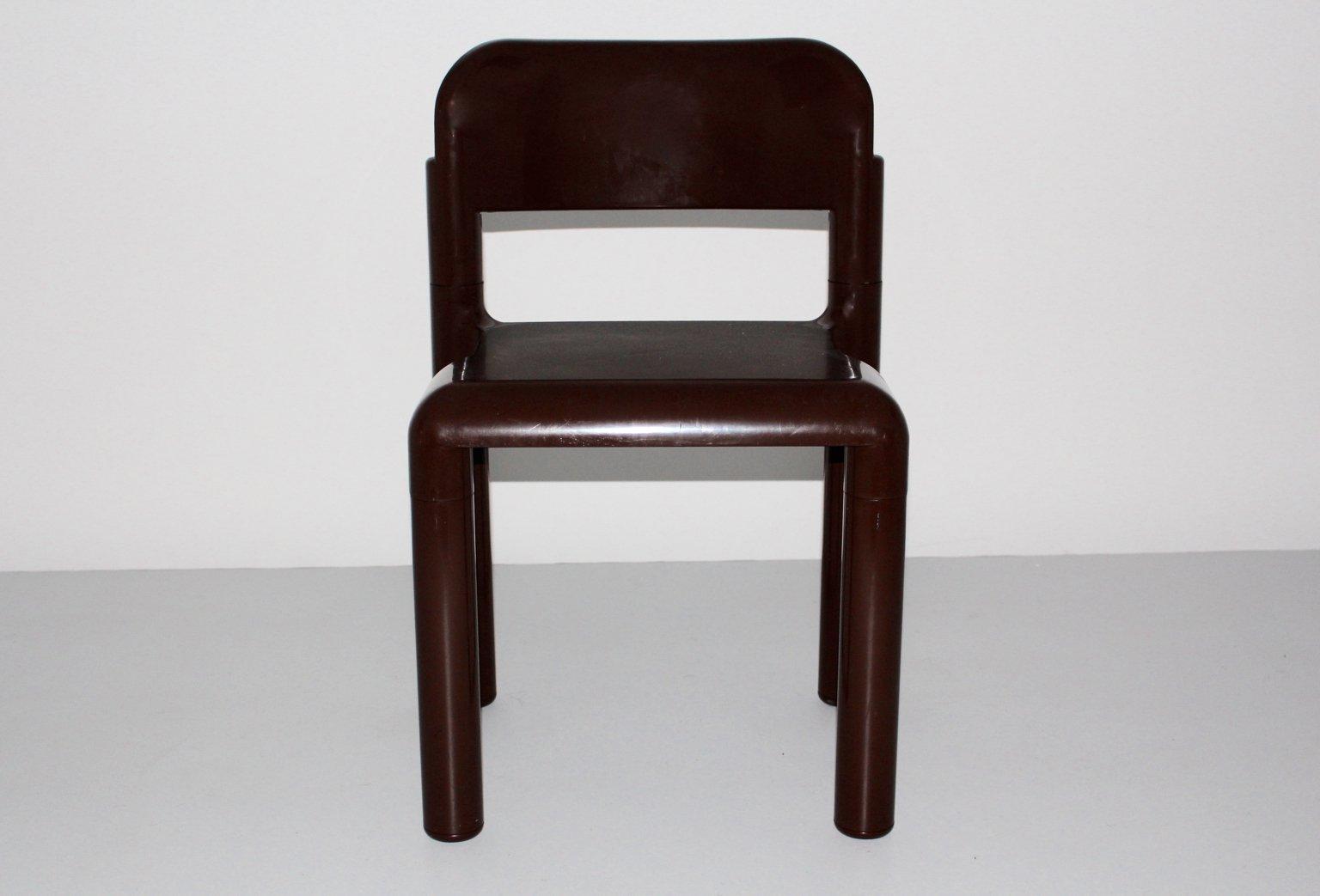 Brauner stuhl aus plastik von eerio aarnio f r upo for Brauner stuhl