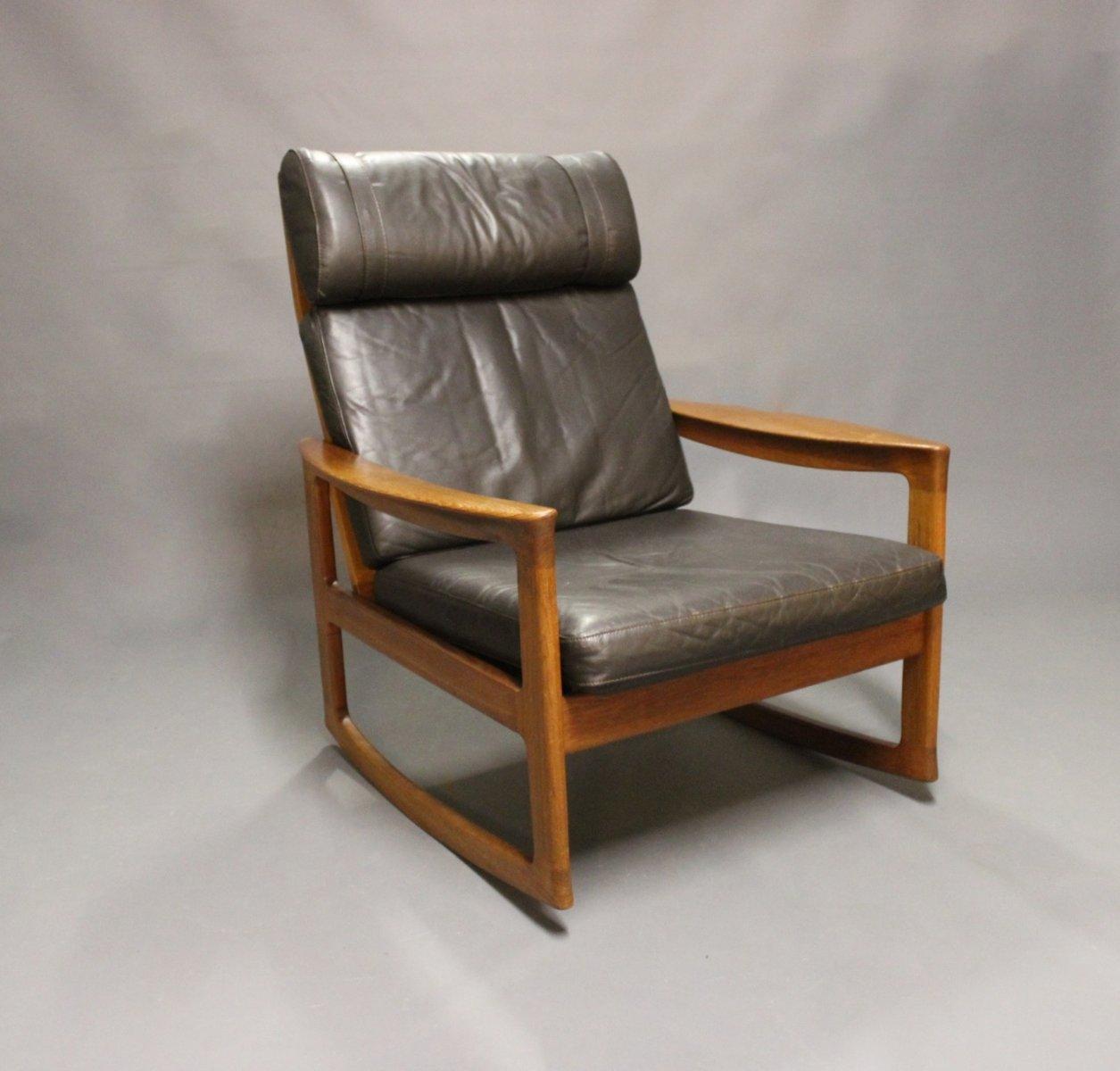 schaukelstuhl aus teak schwarzem leder von ole wanscher f r komfort 1960er bei pamono kaufen. Black Bedroom Furniture Sets. Home Design Ideas