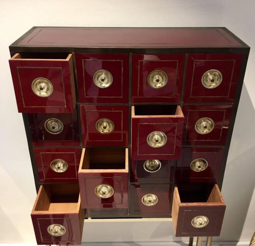 meuble de rangement vintage couleur bordeaux avec 16 tiroirs en vente sur pamono. Black Bedroom Furniture Sets. Home Design Ideas