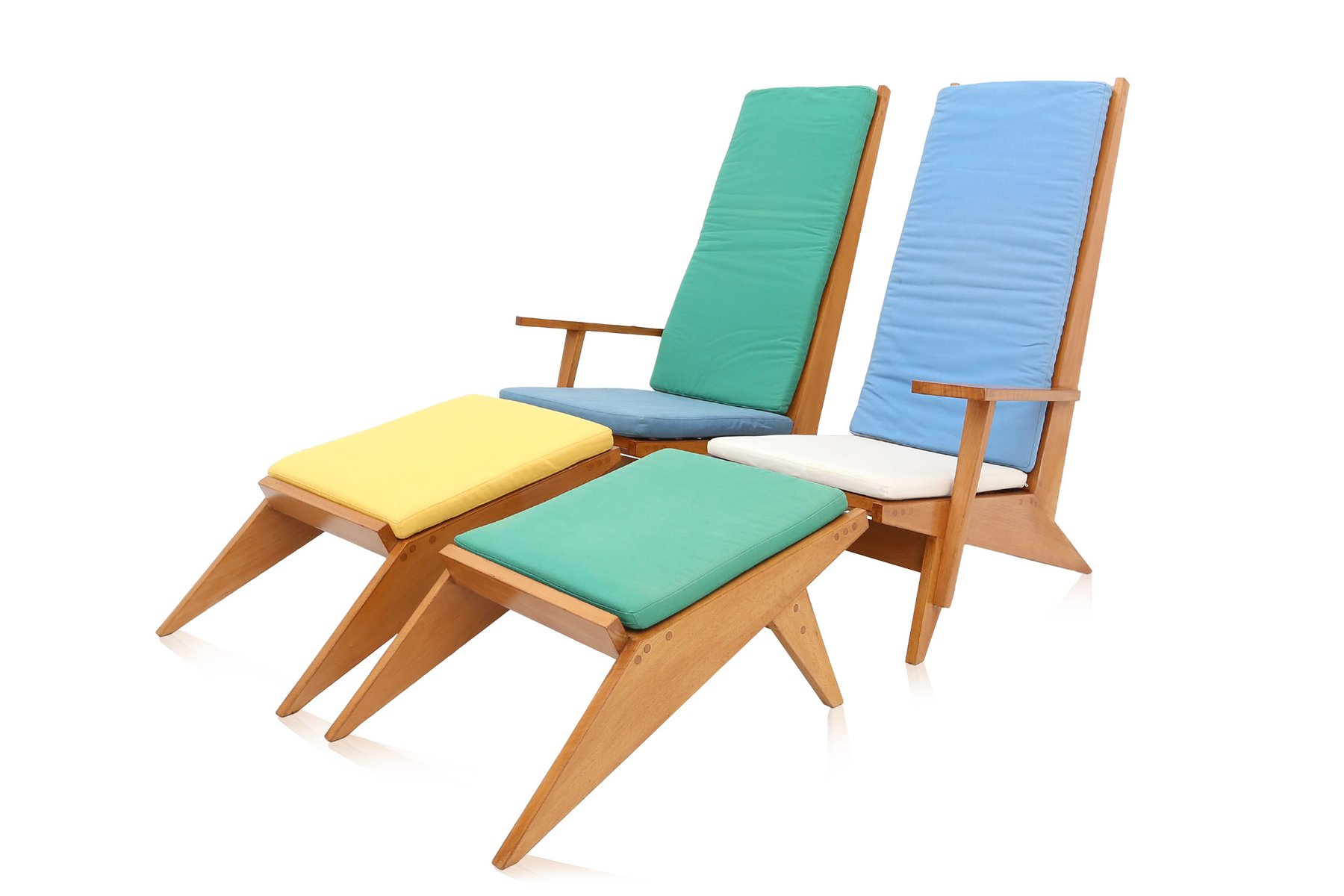 Swimming pool chairs best home design 2018 for Pool design 1970
