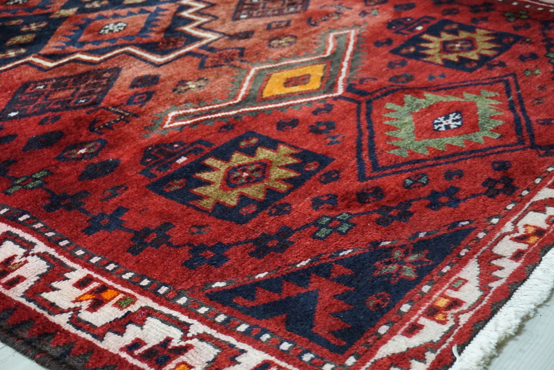tapis fait la main iran 1980s en vente sur pamono. Black Bedroom Furniture Sets. Home Design Ideas