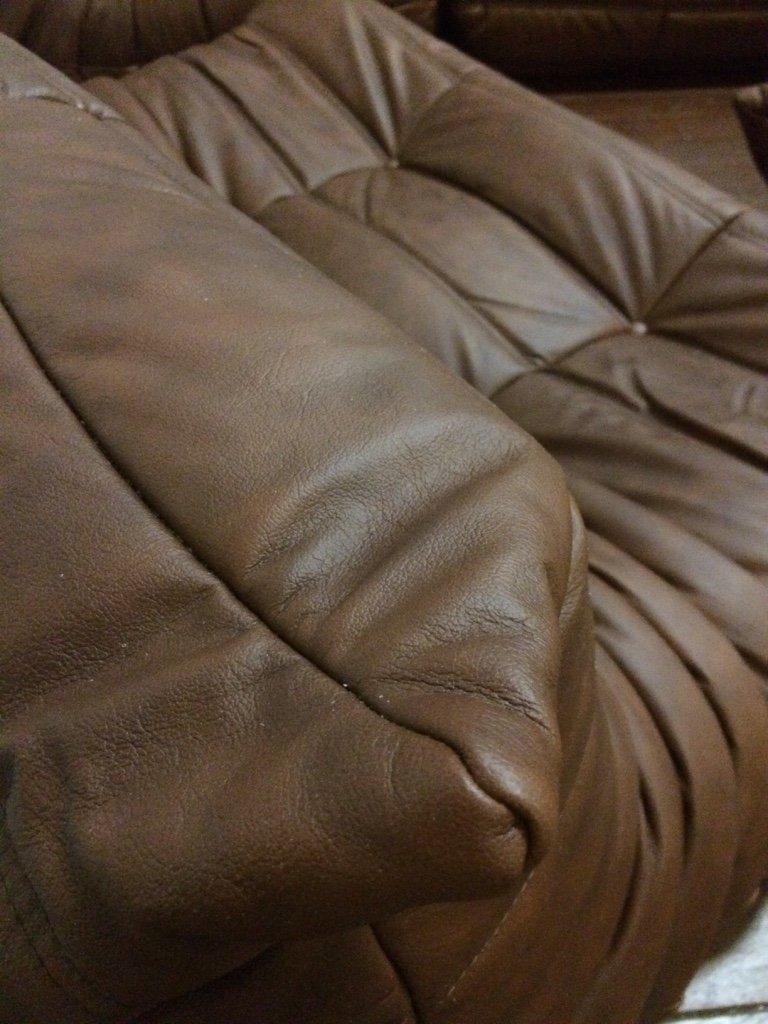 ensemble de salon vintage togo en cuir marron par michel ducaroy pour ligne roset 1970s en. Black Bedroom Furniture Sets. Home Design Ideas