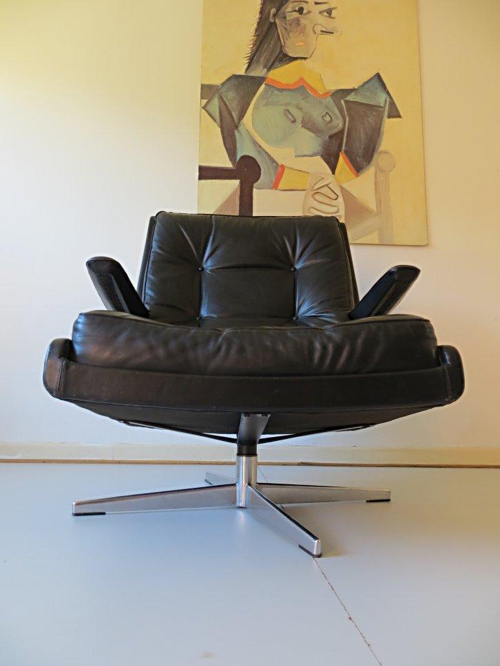 d nischer leder drehsessel 1970er bei pamono kaufen. Black Bedroom Furniture Sets. Home Design Ideas