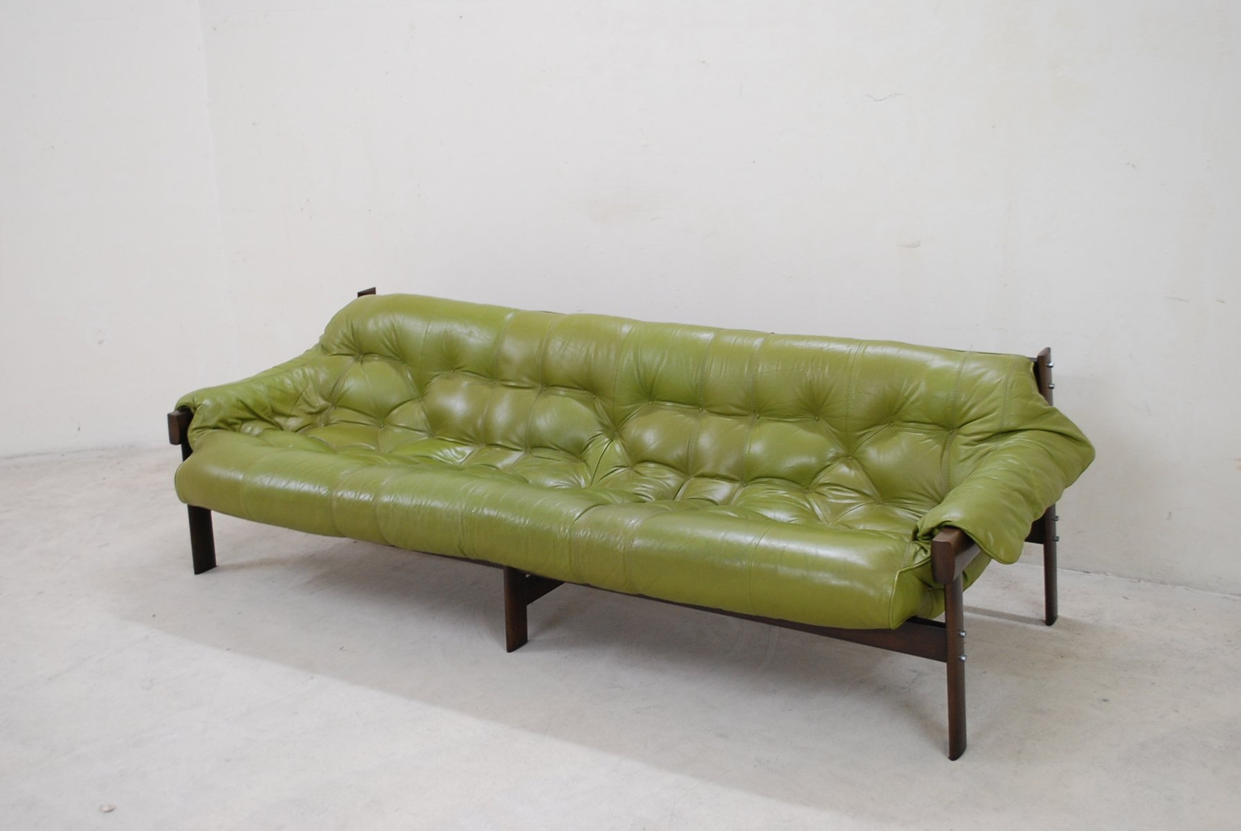 Model MP 041 Lime Green Leather Sofa From Percival Lafer