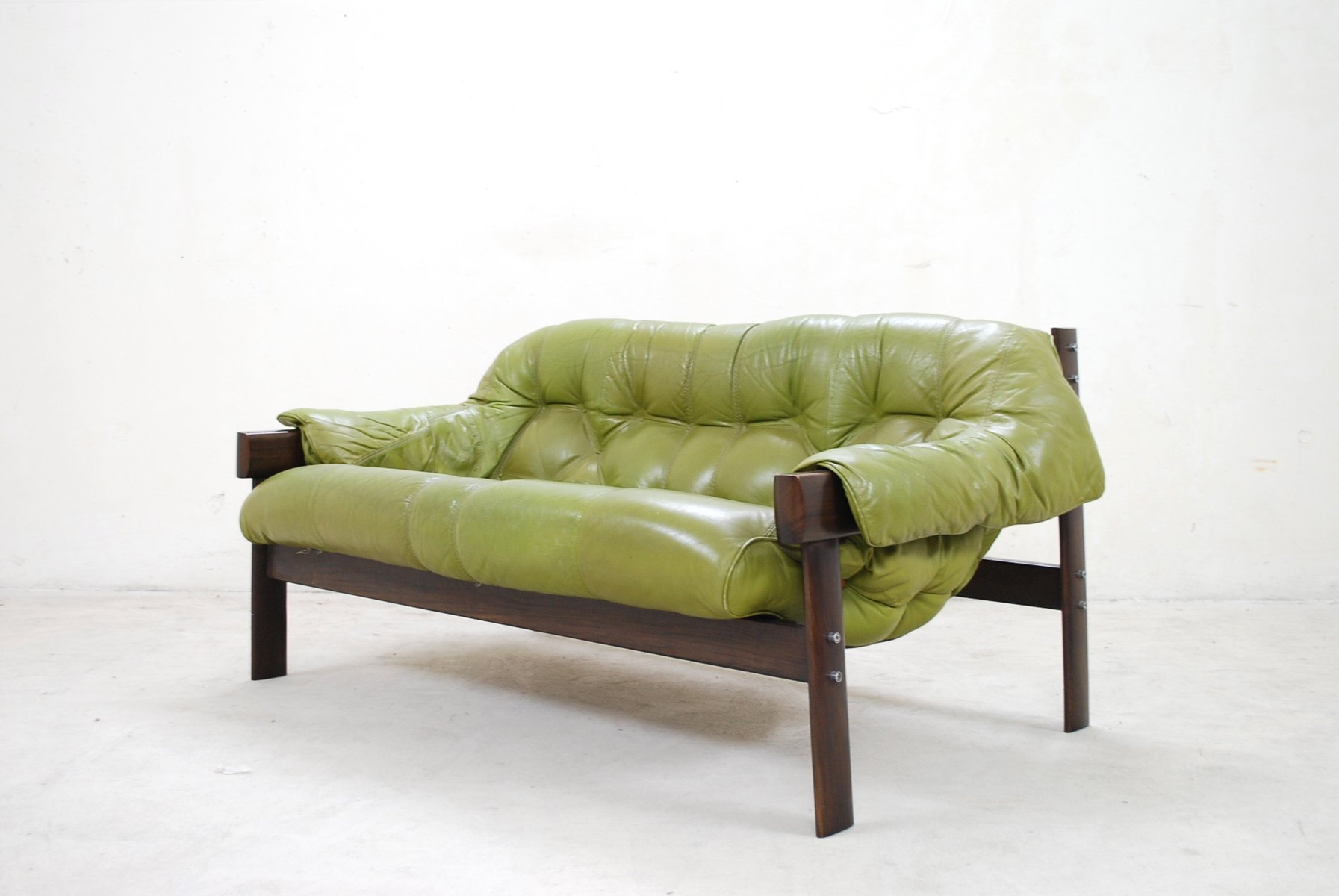 Exceptional Model MP 041 Green Leather Sofa From Percival Lafer, 1961