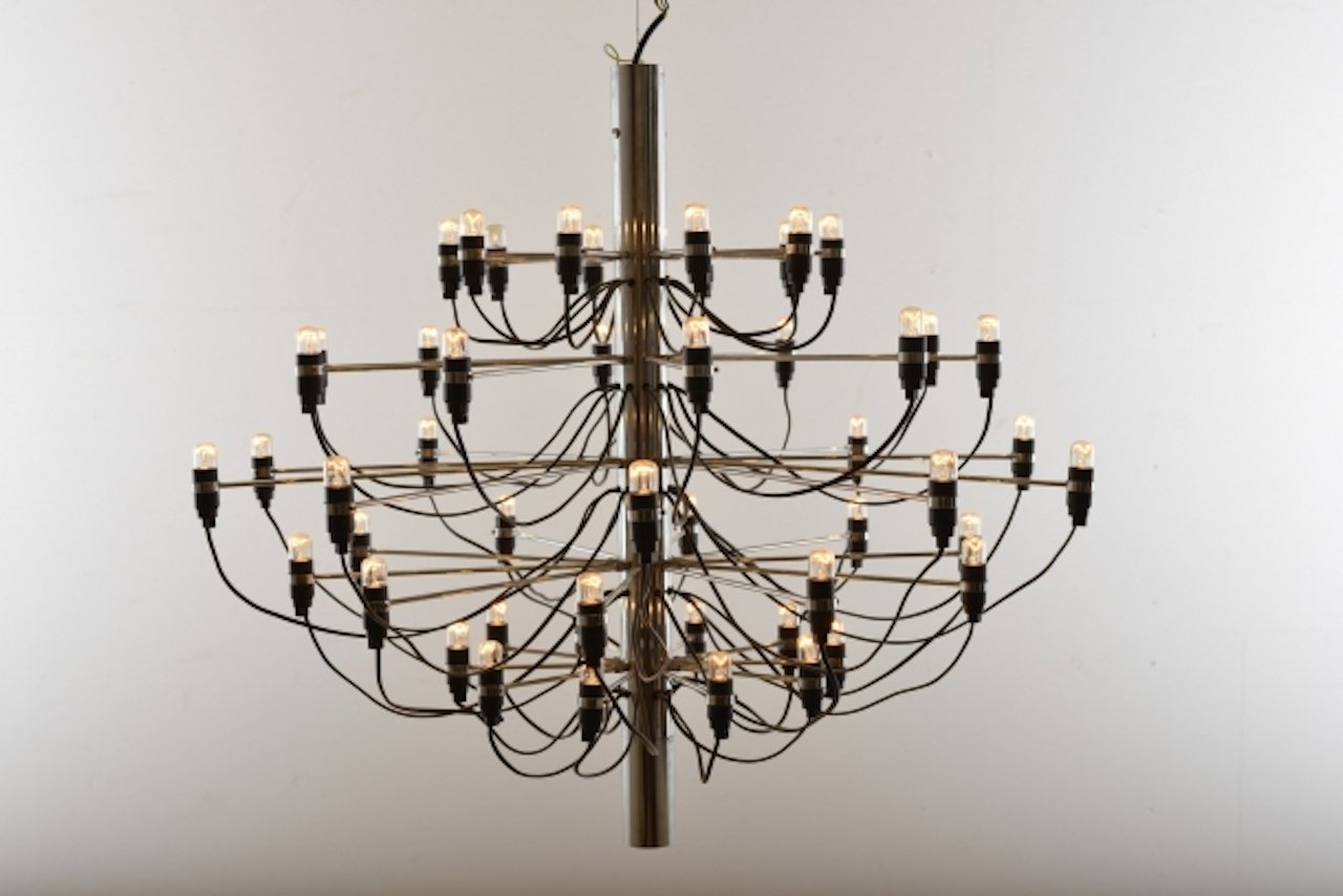 Vintage Model 2097 Chandelier By Gino Sarfatti For Flos At
