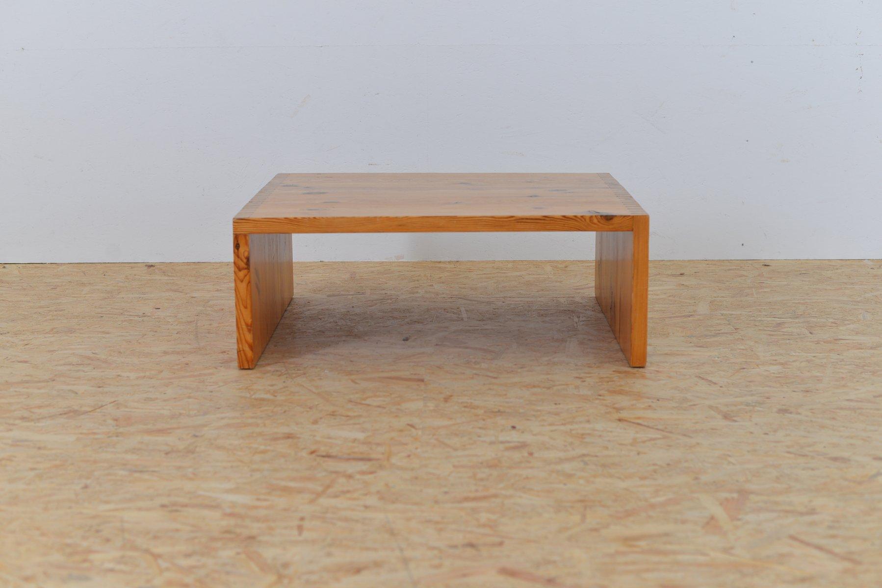vintage clubtisch aus solidem holz bei pamono kaufen. Black Bedroom Furniture Sets. Home Design Ideas
