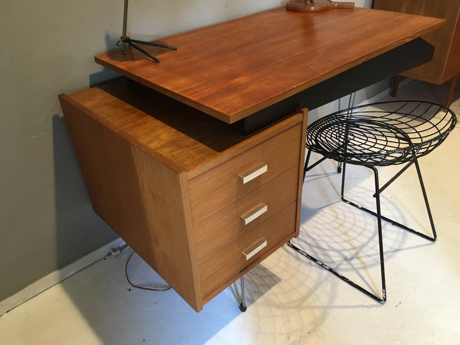 mid century schreibtisch von cees braakman f r pastoe bei pamono kaufen. Black Bedroom Furniture Sets. Home Design Ideas