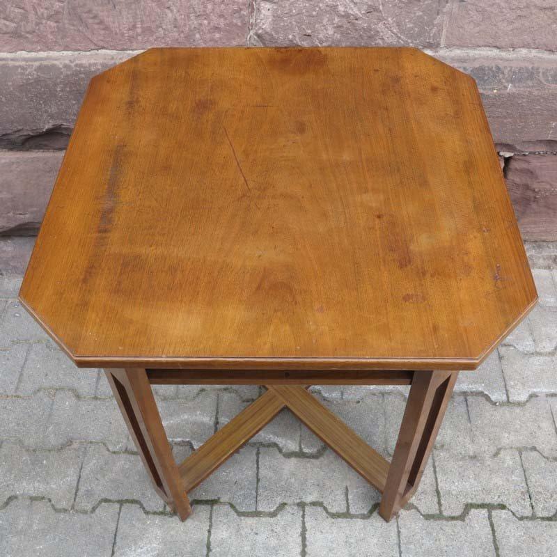 quadratischer art deco tisch mit niedriger ablage 1930er. Black Bedroom Furniture Sets. Home Design Ideas