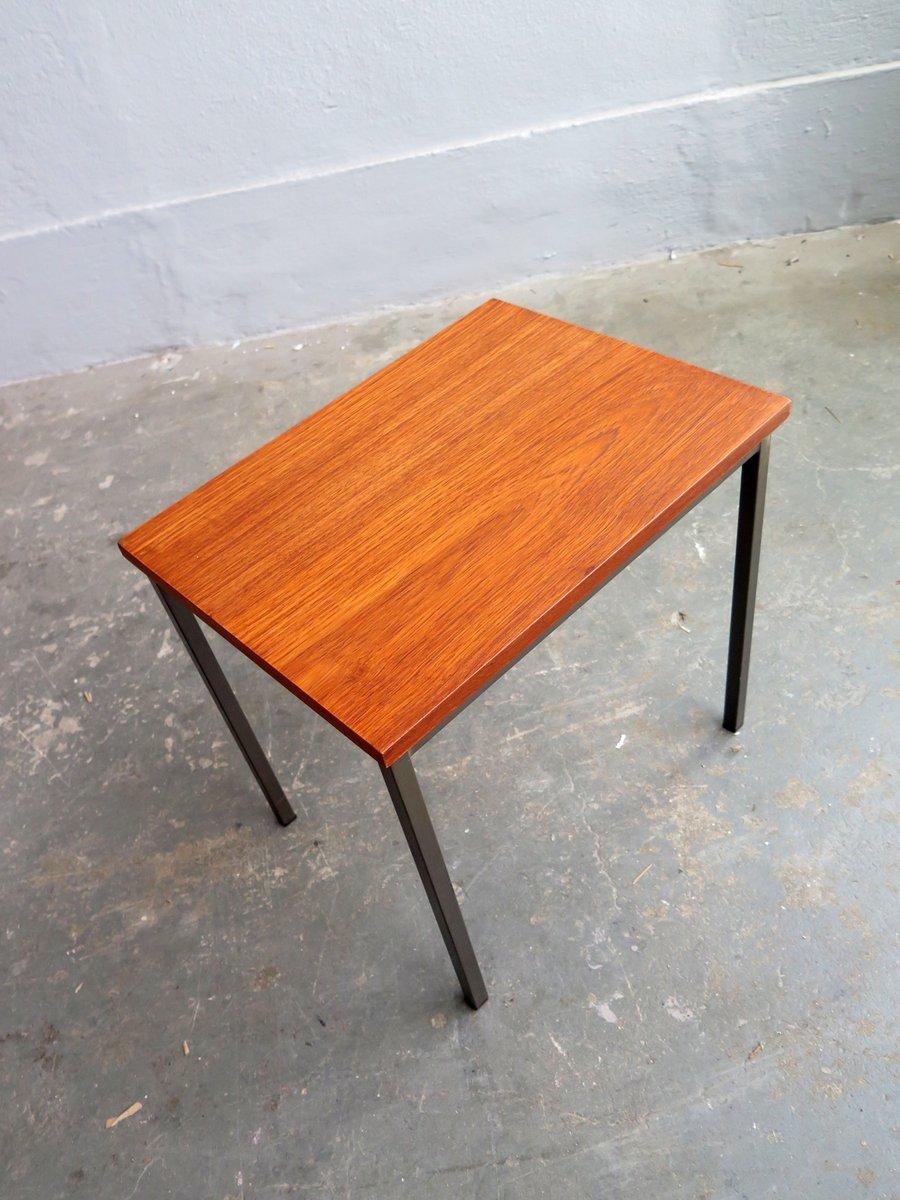 minimalistischer vintage beistelltisch aus teak bei pamono. Black Bedroom Furniture Sets. Home Design Ideas