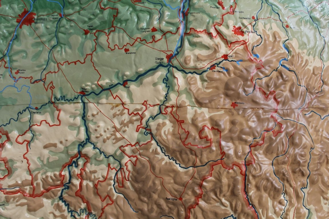 Vintage Relief Map of Benelux from Chur for sale at Pamono