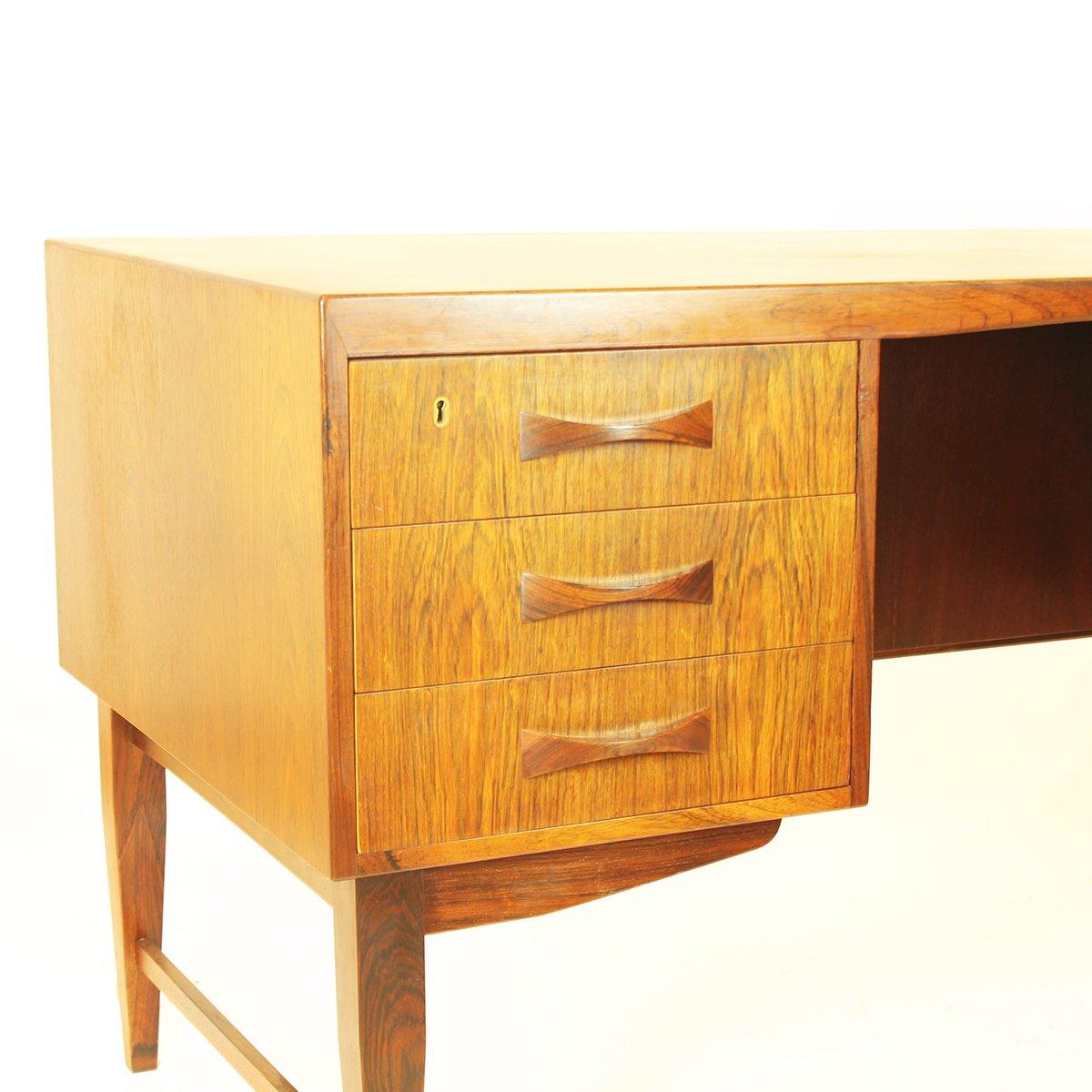 bureau avec tiroirs et tag res en palissandre danemark. Black Bedroom Furniture Sets. Home Design Ideas