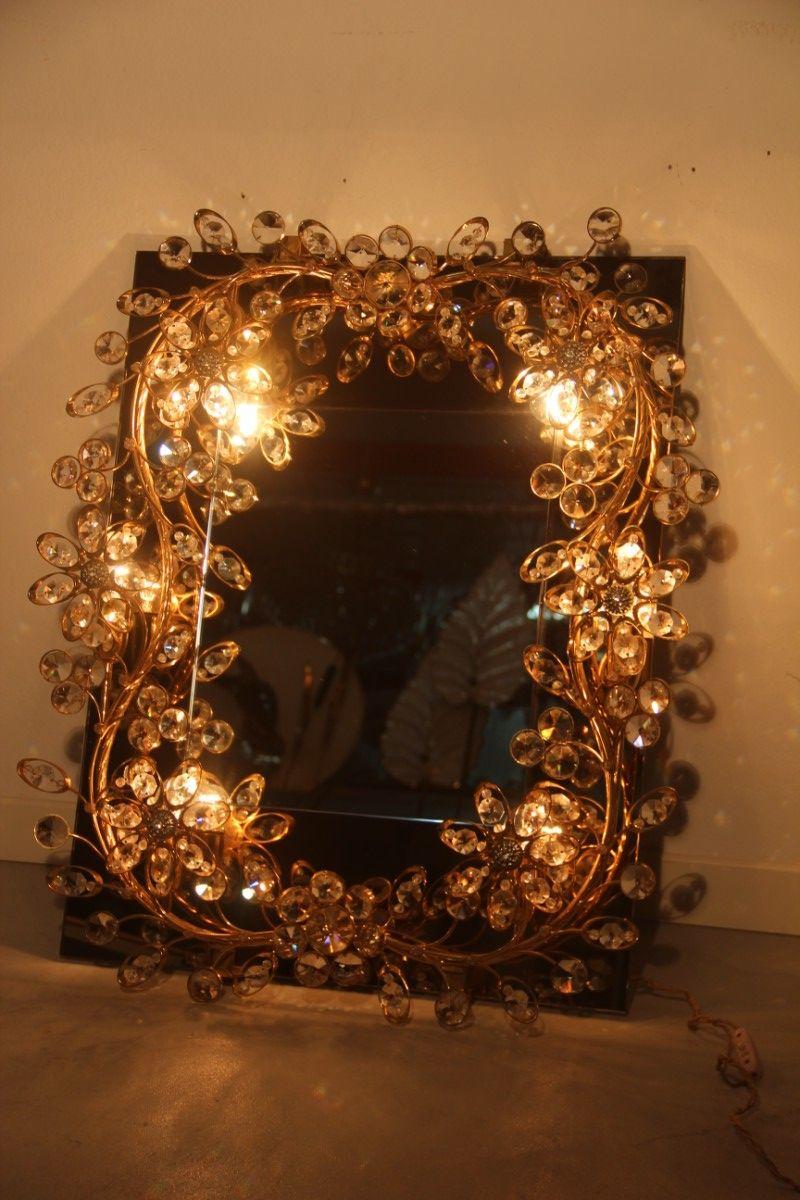 spiegel mit rahmen aus vergoldetem messing integrierten. Black Bedroom Furniture Sets. Home Design Ideas