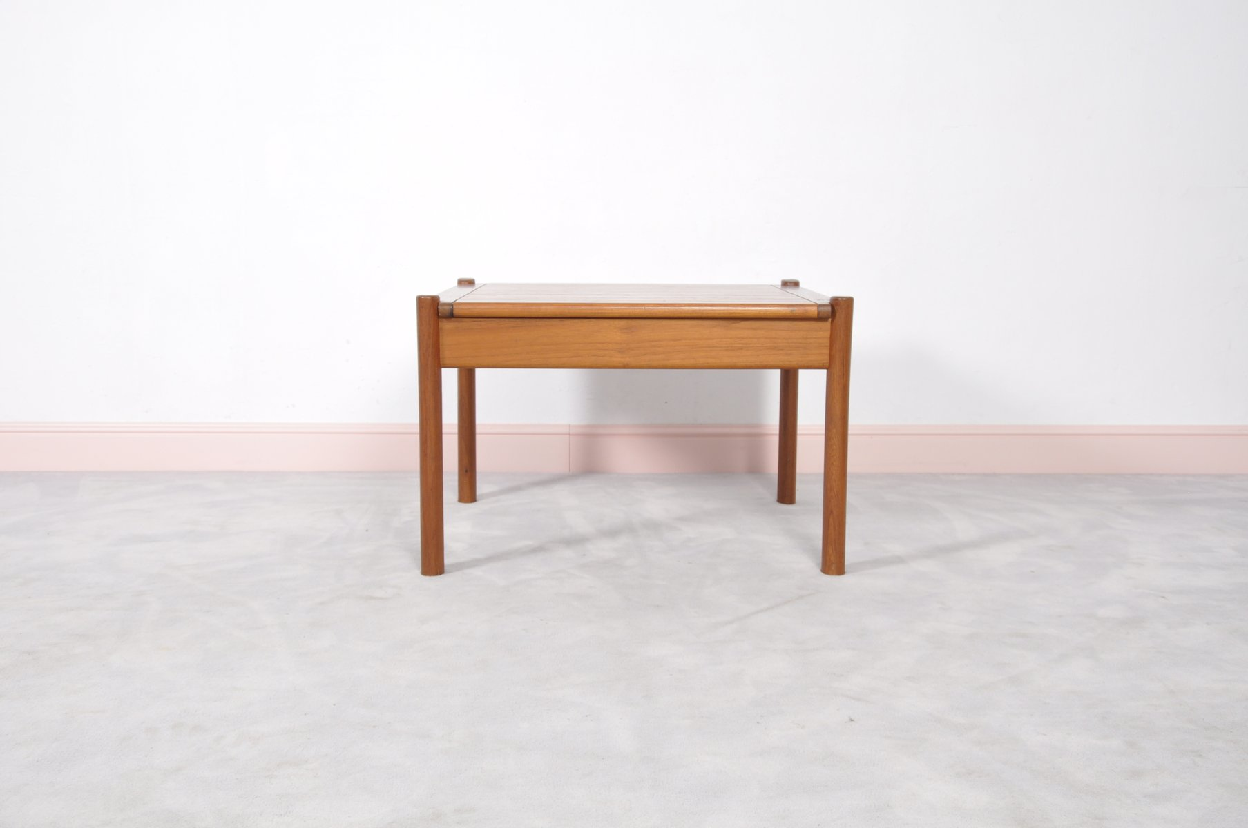 Delightful Vintage Danish Teak Coffee Table With Rounded Edges For Sale At Pamono