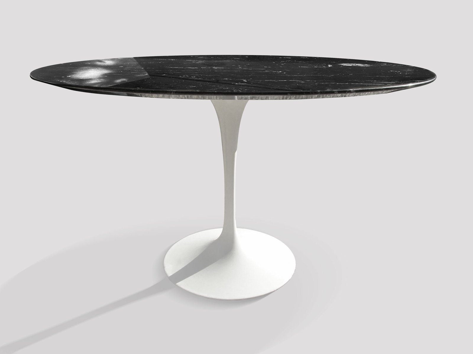 Vintage Black Marquina Dining Table by Eero Saarinen for Knoll for