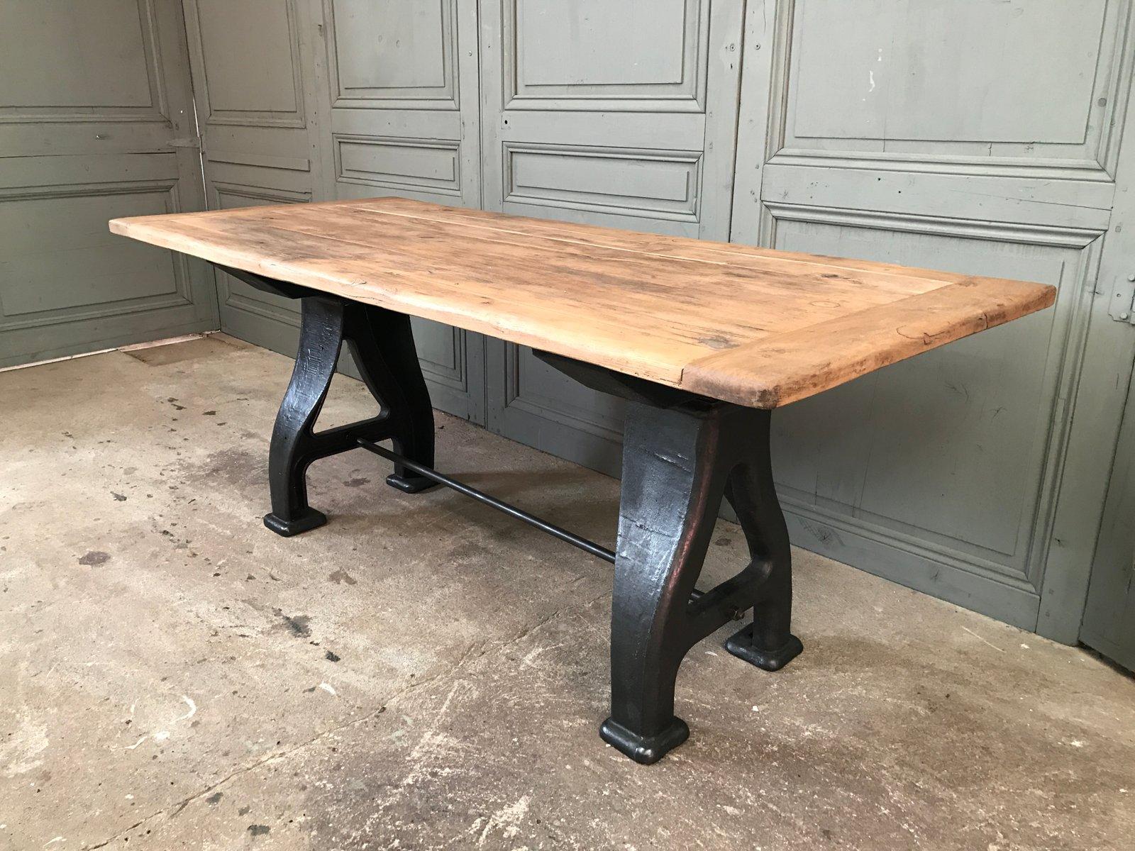 Industrieller vintage tisch aus gusseisen bei pamono kaufen for Vintage tisch