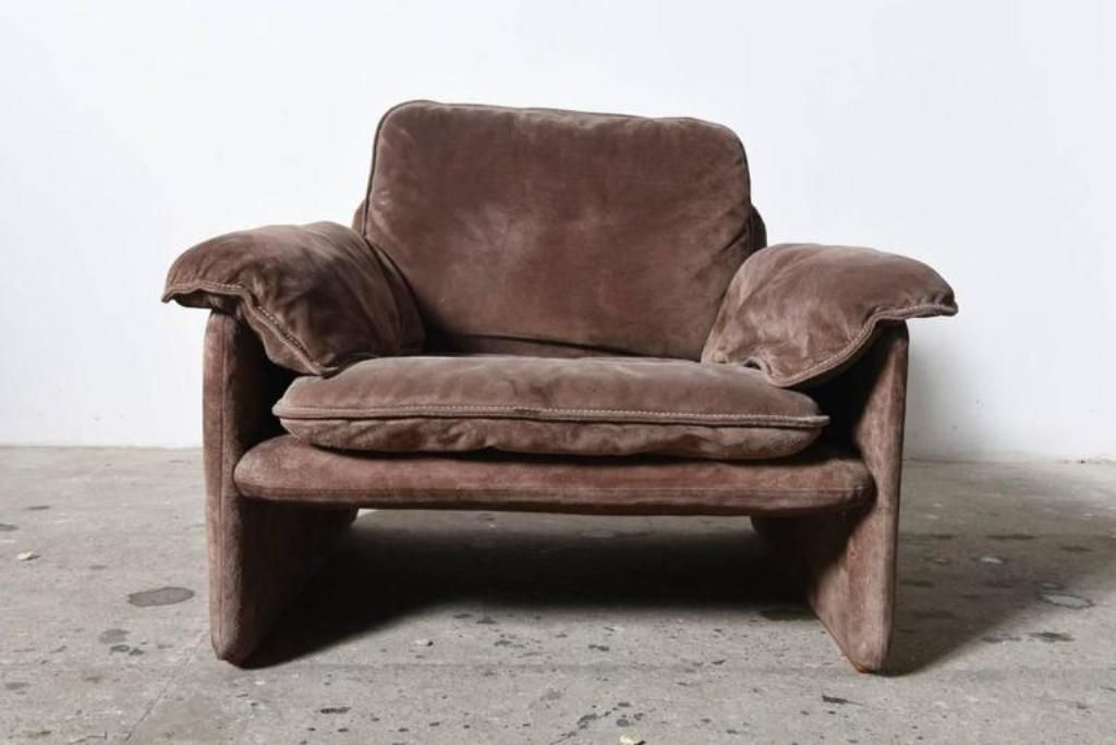 how to clean suede lounge set