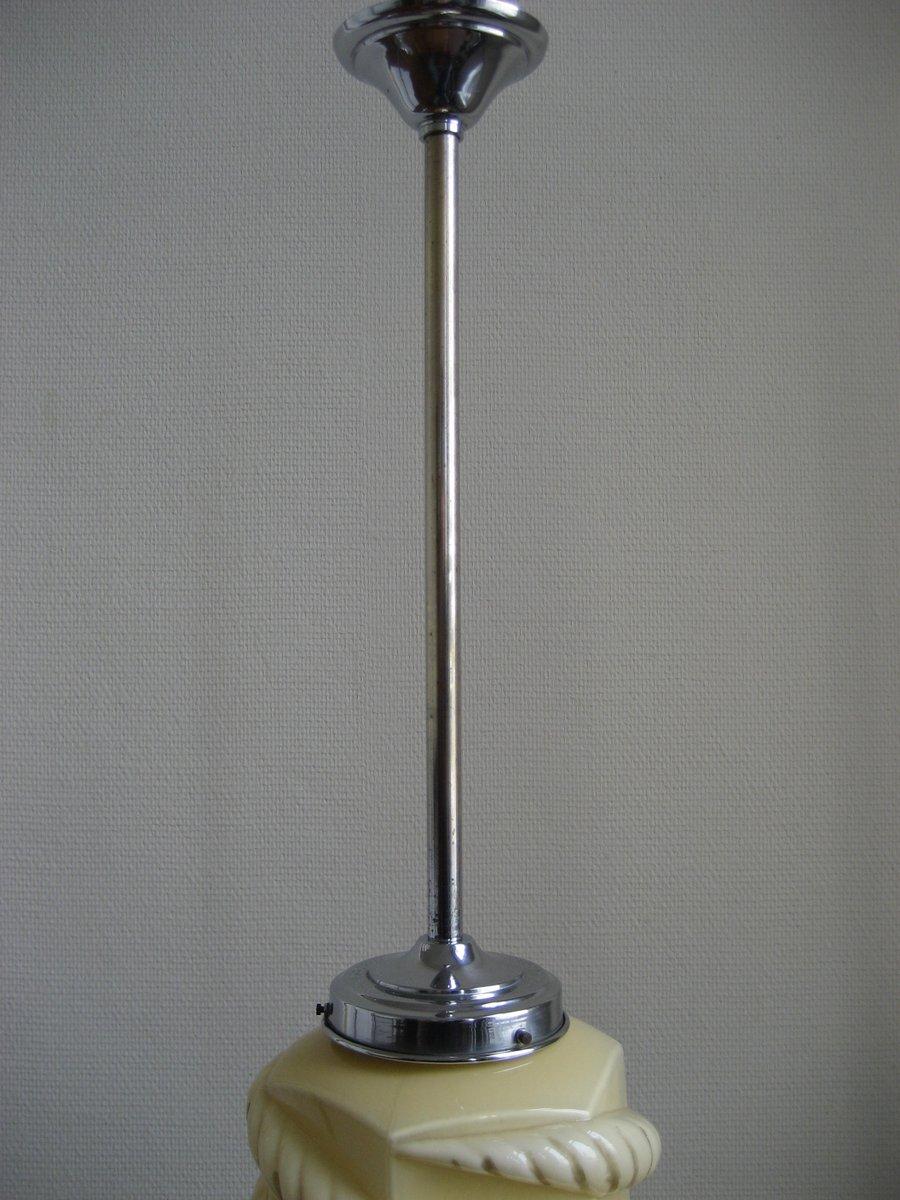 Lampada Art Deco con paralume in vetro beige in vendita su Pamono