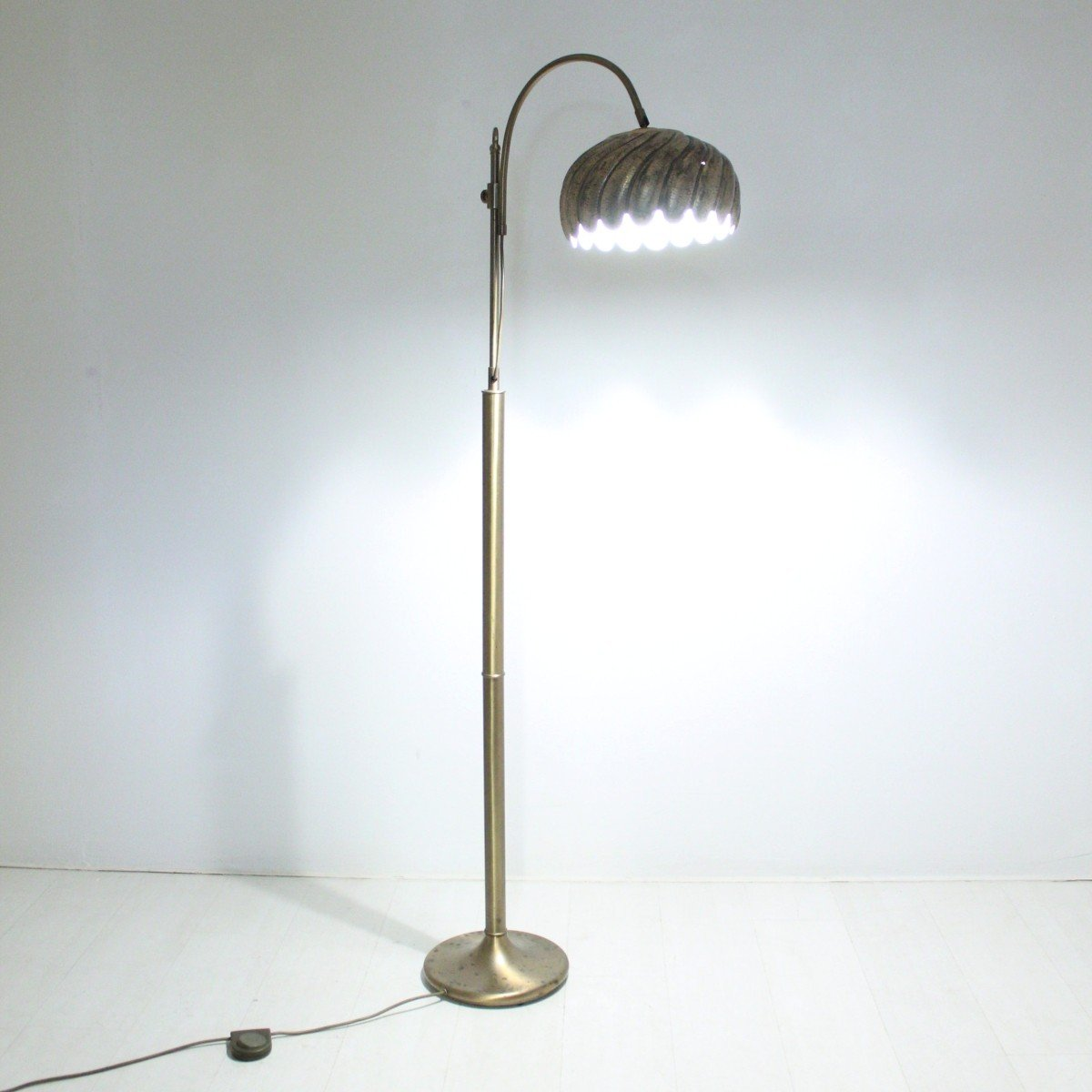 Vintage adjustable brass floor lamp for sale at pamono for 8 floor lamp
