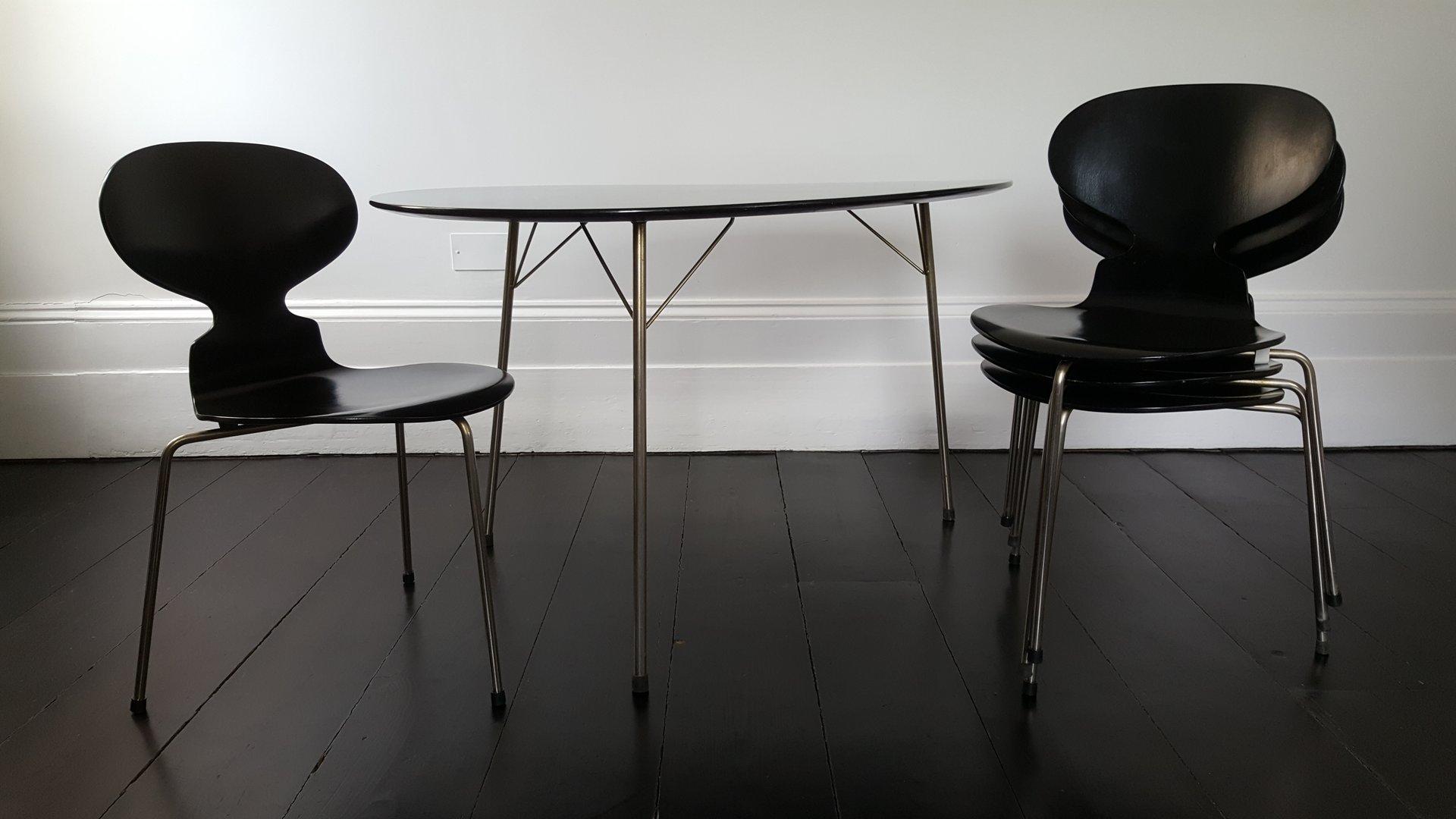 egg tisch ant st hle esszimmer set von arne jacobsen f r fritz hansen 1950er bei pamono kaufen. Black Bedroom Furniture Sets. Home Design Ideas