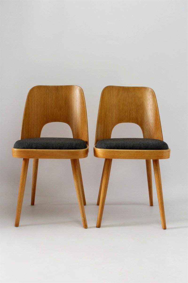 Good Czech Plywood Chairs By Oswald Haerdtl For TON, 1950s, Set Of 2 For Sale At  Pamono