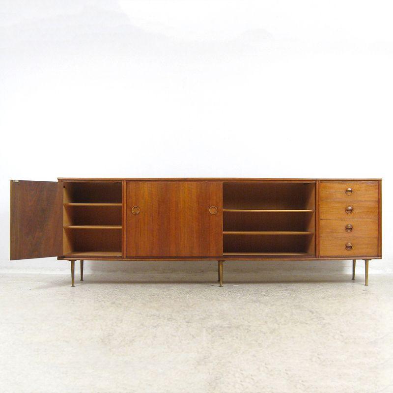gro es vintage sideboard von william watting f r fristho holland bei pamono kaufen. Black Bedroom Furniture Sets. Home Design Ideas