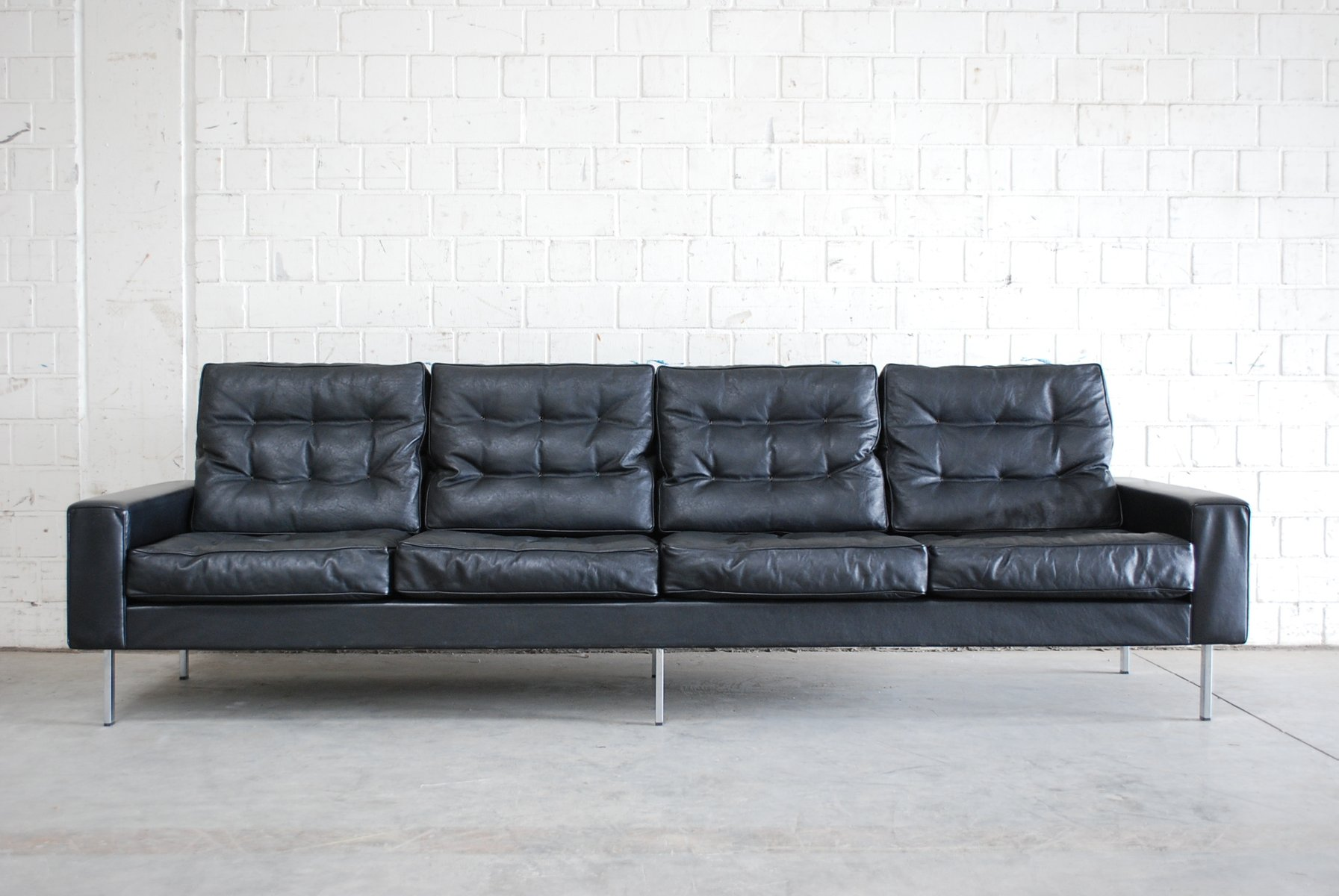 Vintage black leather 4 seater sofa from de sede 1967 for for Sofa 8 seater