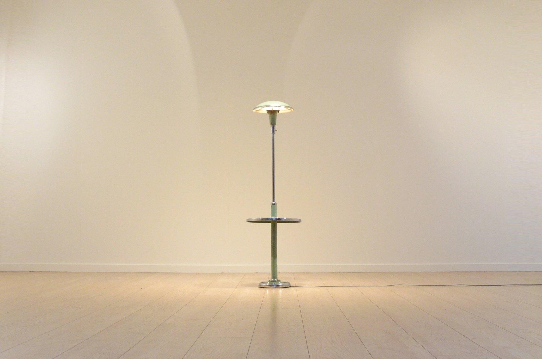verstellbare bauhaus sellette stehlampe in pastellgr n und. Black Bedroom Furniture Sets. Home Design Ideas
