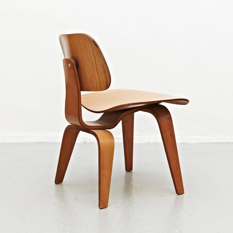 chaise d 39 appoint dcw par charles et ray eames pour herman miller 1950s en vente sur pamono. Black Bedroom Furniture Sets. Home Design Ideas