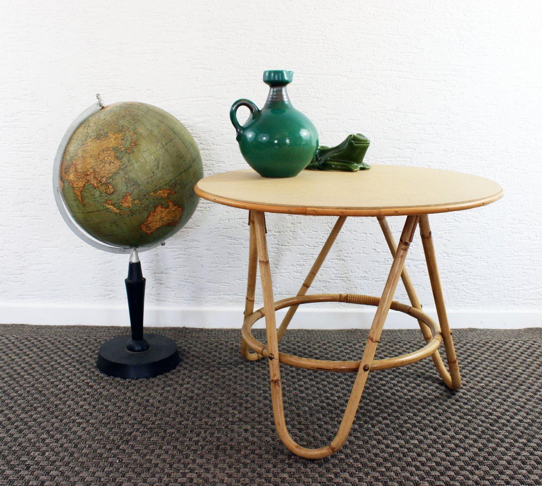 runder vintage rattan couchtisch bei pamono kaufen. Black Bedroom Furniture Sets. Home Design Ideas