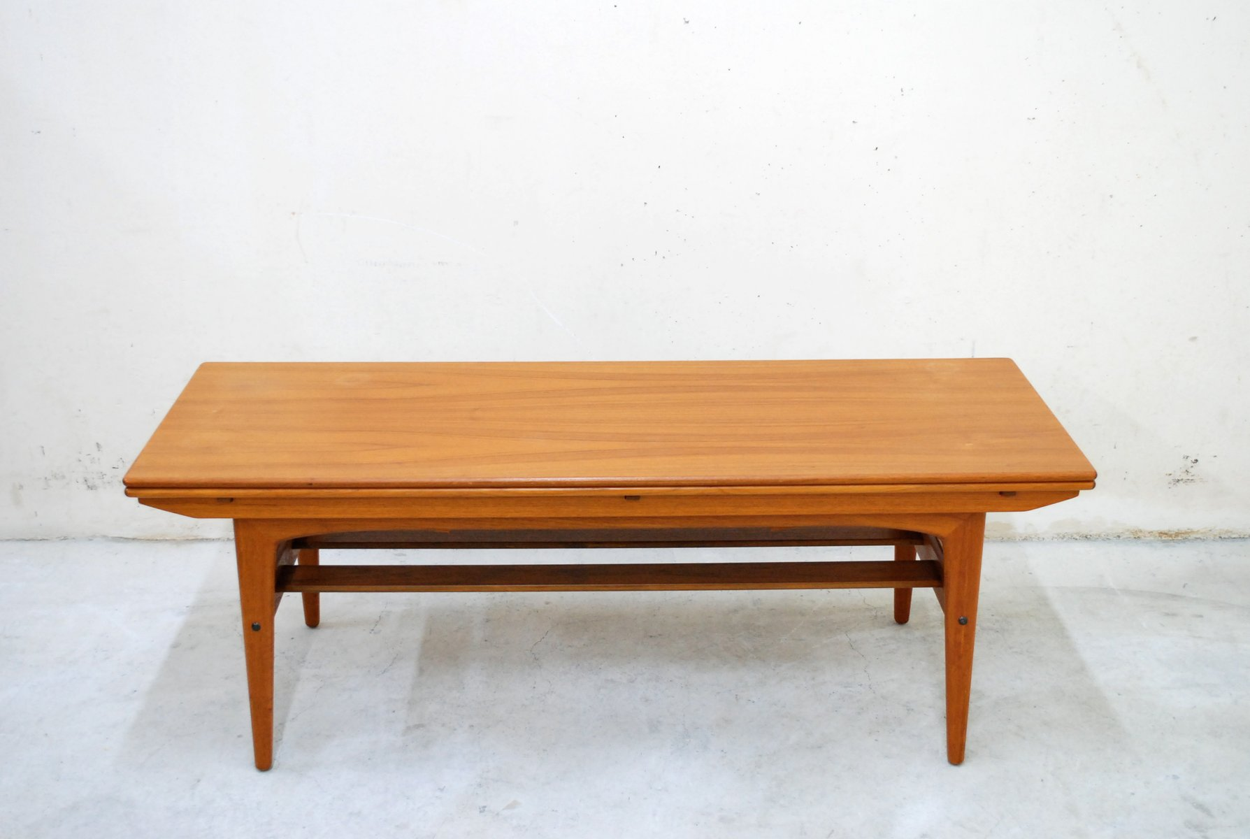 Vintage danish convertible metaphoric dining table from for Table transformable