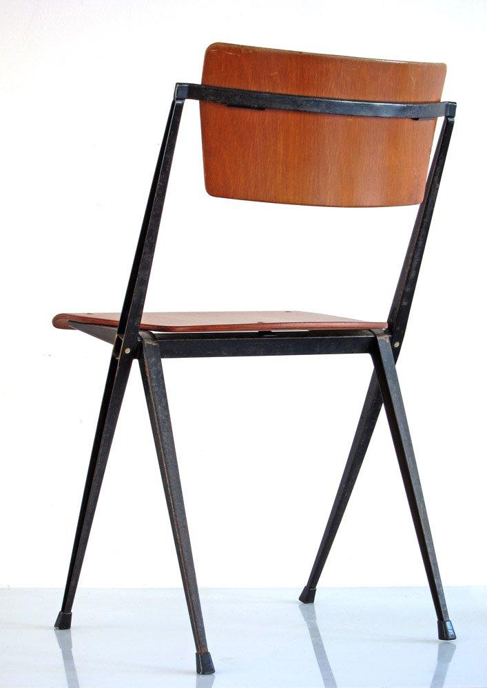 Rietveld Stuhl vintage pyramid stuhl wim rietveld für ahrend cirkel bei pamono