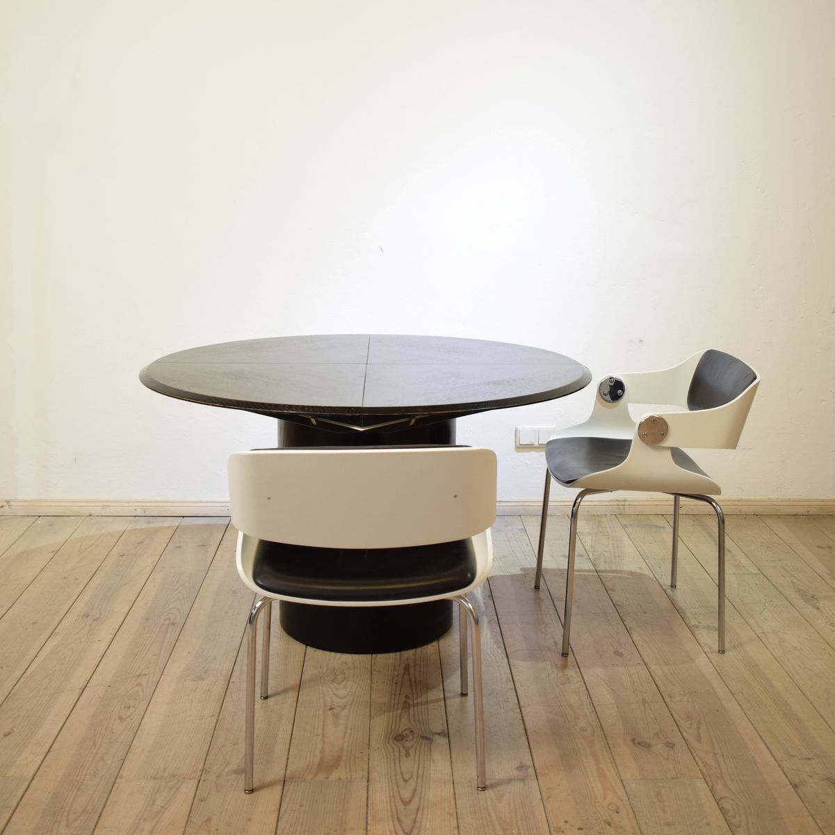 Quadrondo Round Dining Table by Erwin Nagel for Rosenthal, 1980s for ...