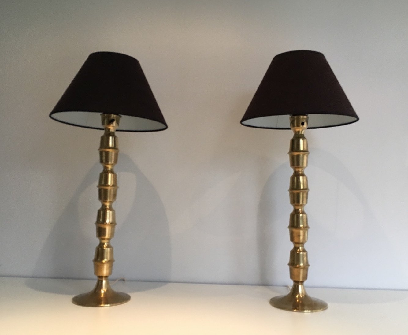 gro e messing lampen 1960er 2er set bei pamono kaufen. Black Bedroom Furniture Sets. Home Design Ideas