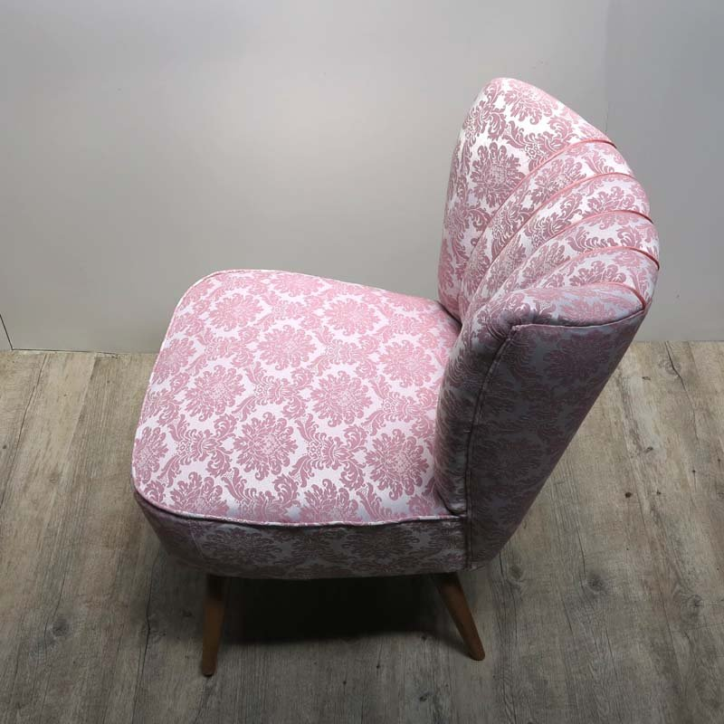 Vintage Pink Cocktail Chair on Wooden Legs, 1950s for sale at Pamono
