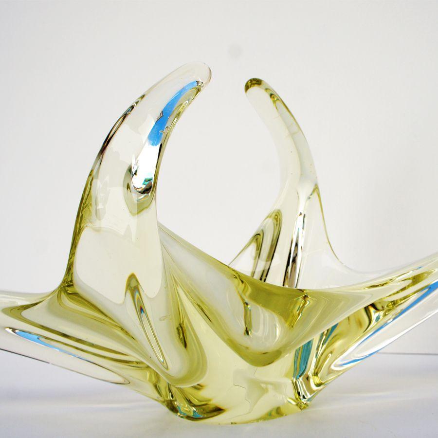 Mid-Century Italian Yellow Murano Glass Bowl, 1960s for sale at Pamono