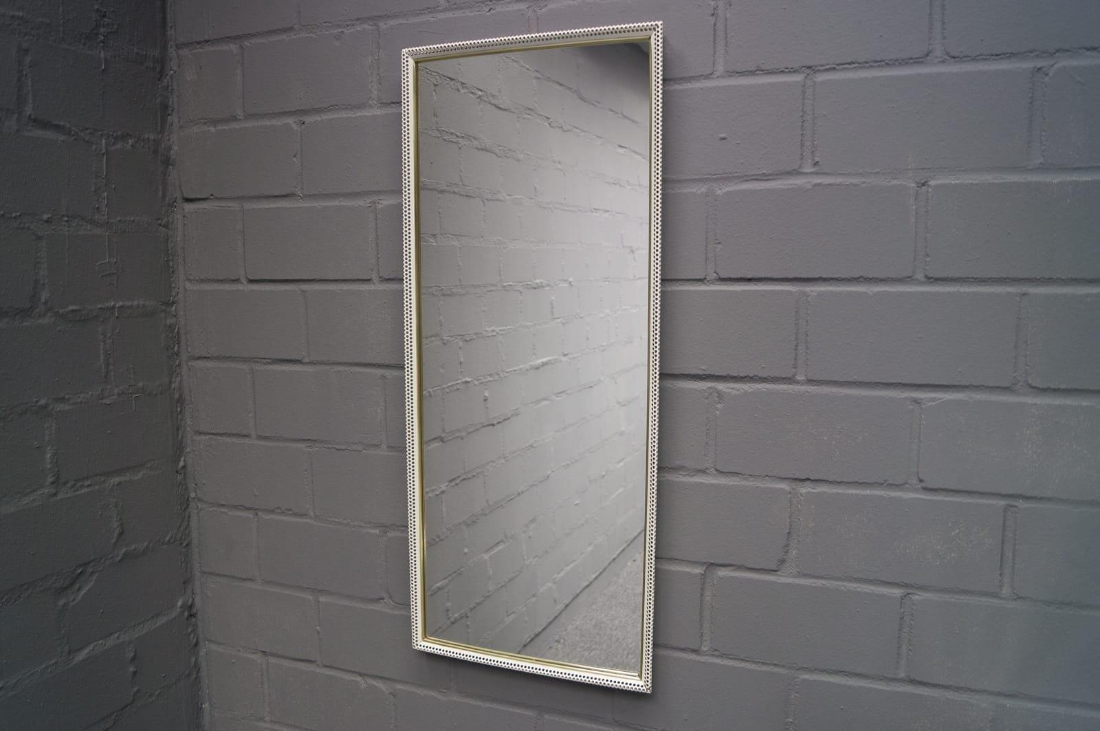 Grand miroir mural rectangulaire en m tal perfor peint de for Miroir mural metal