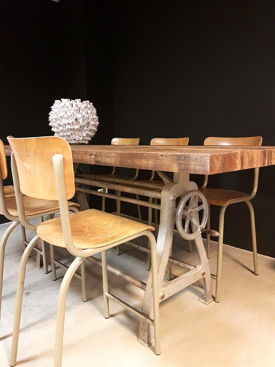 industrieller vintage esstisch bei pamono kaufen. Black Bedroom Furniture Sets. Home Design Ideas