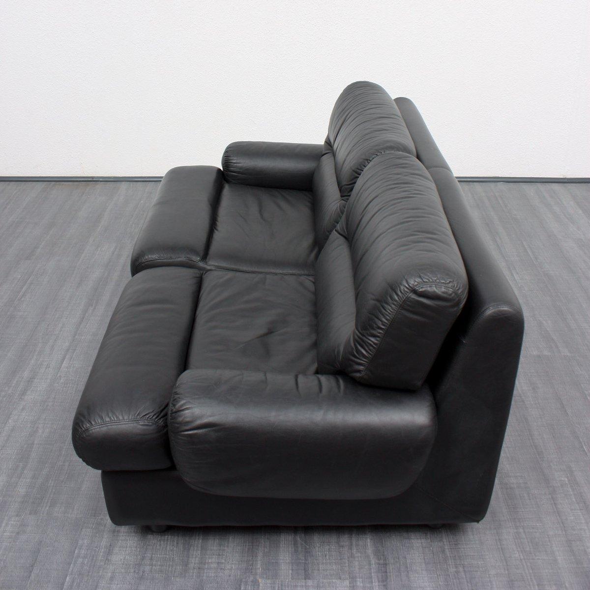 Divano a due posti vintage in pelle nera anni 39 70 in for Divano 7 posti prezzo