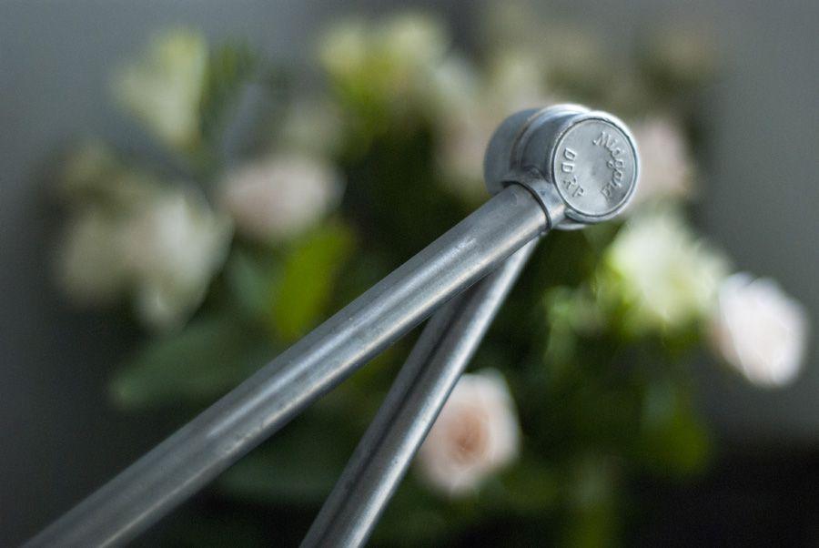 gro e vintage tischlampe mit aluminium schirm von curt fischer f r midgard bei pamono kaufen. Black Bedroom Furniture Sets. Home Design Ideas