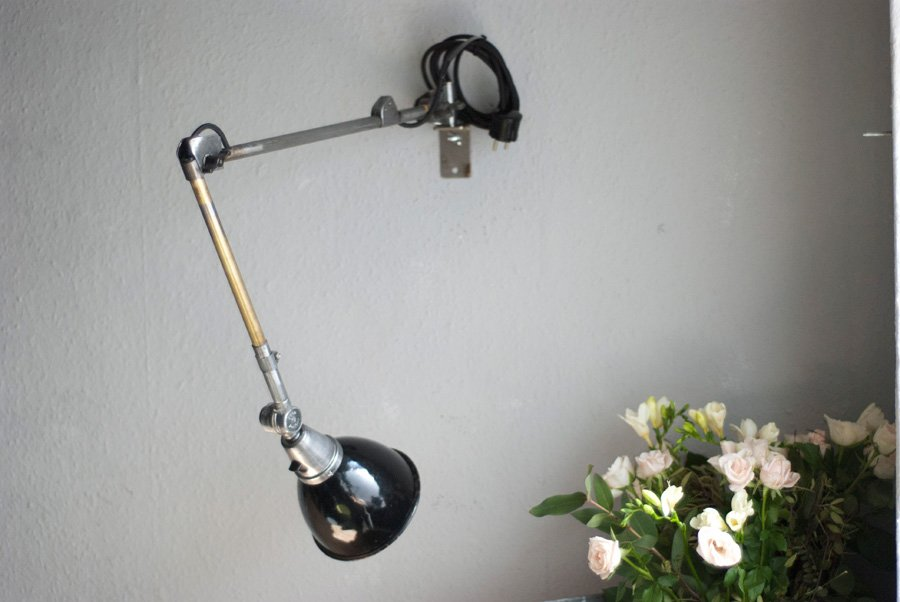 vintage wandlampe mit emailliertem schirm von curt fischer. Black Bedroom Furniture Sets. Home Design Ideas