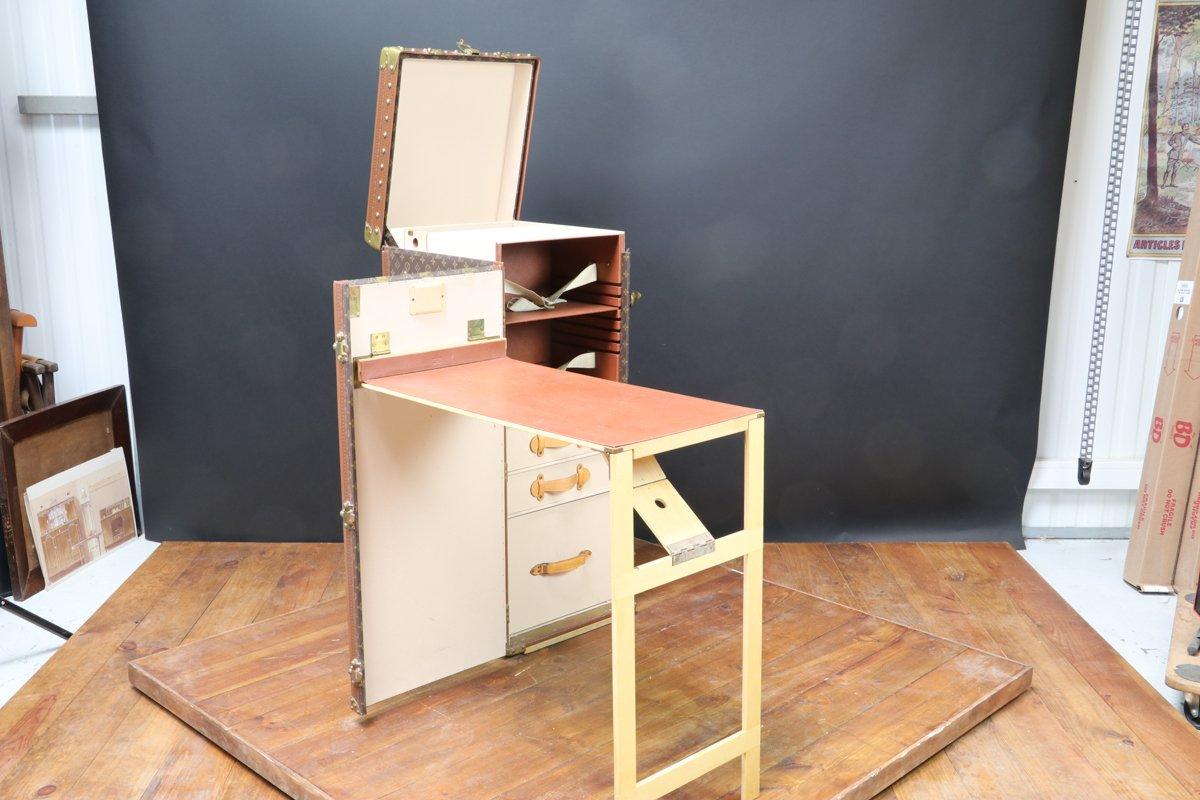 Baule Stokowski con scrivania a scomparsa di Louis Vuitton, anni ...