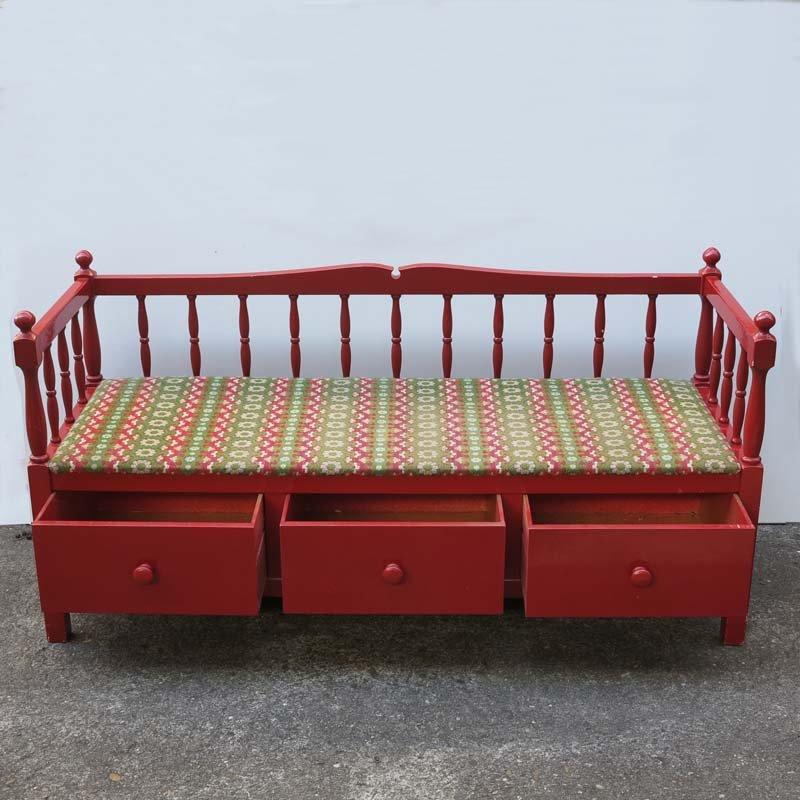 rote jugendstil sitzbank mit drei schubladen bei pamono kaufen. Black Bedroom Furniture Sets. Home Design Ideas