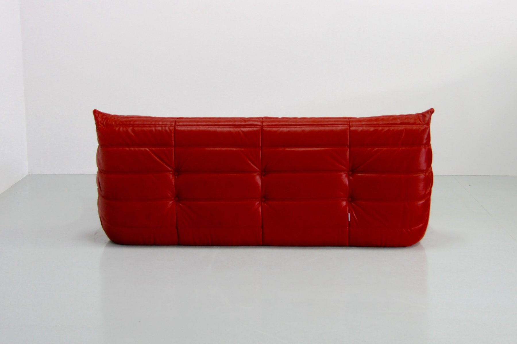 vintage red leather togo sofa by michel ducaroy for ligne roset for sale at pamono. Black Bedroom Furniture Sets. Home Design Ideas