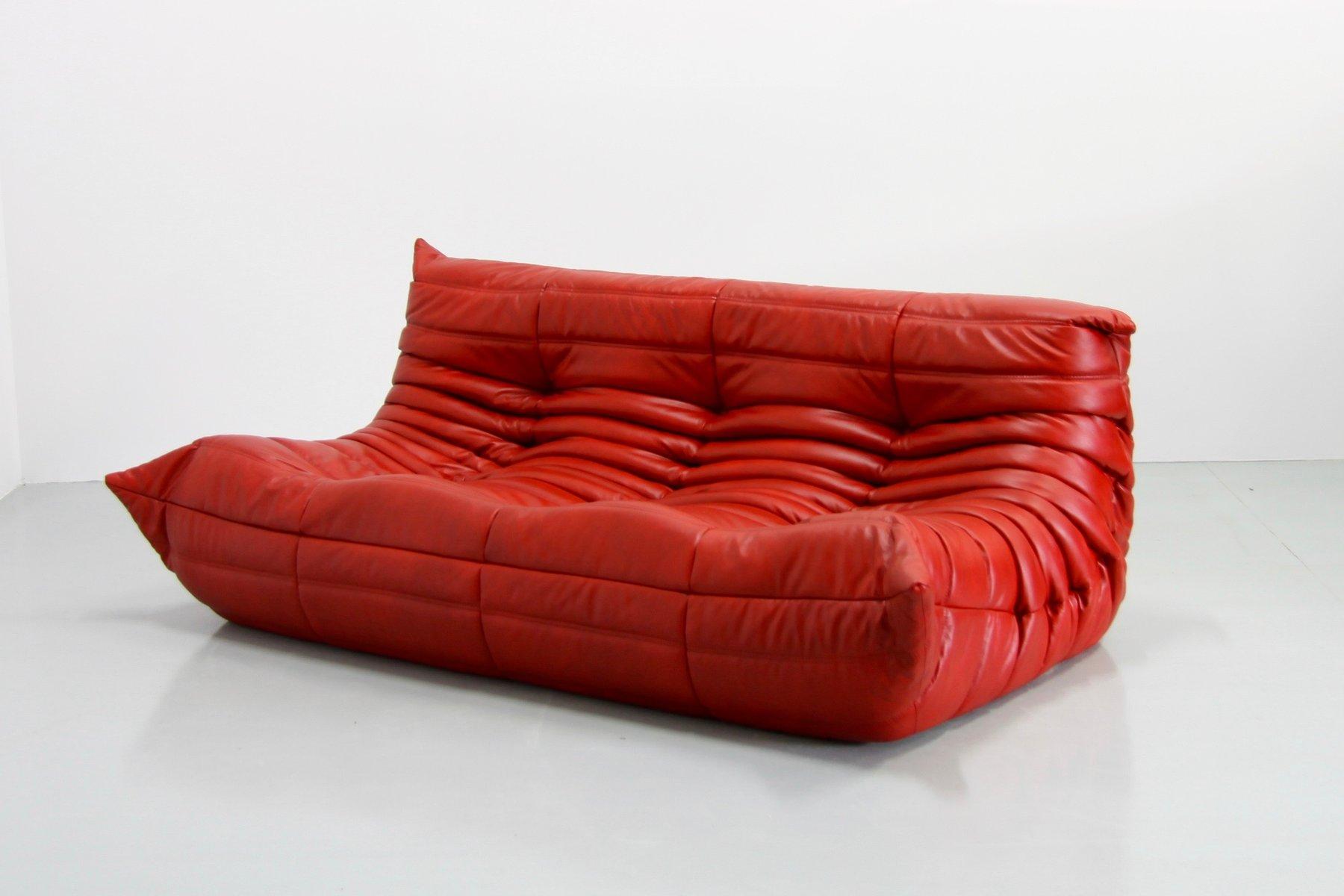 vintage red leather togo sofa by michel ducaroy for ligne. Black Bedroom Furniture Sets. Home Design Ideas